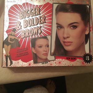 Benefit brow kit used 2x